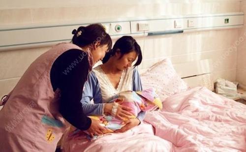 不落埋怨!「儿媳和女儿同时坐月子」你会照顾哪一个? 这位婆婆的做法「太霸气了」值得借鑒